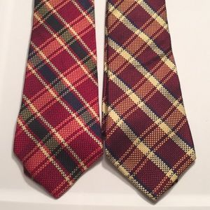 Pair of 2 Tommy Hilfiger plaid ties EUC